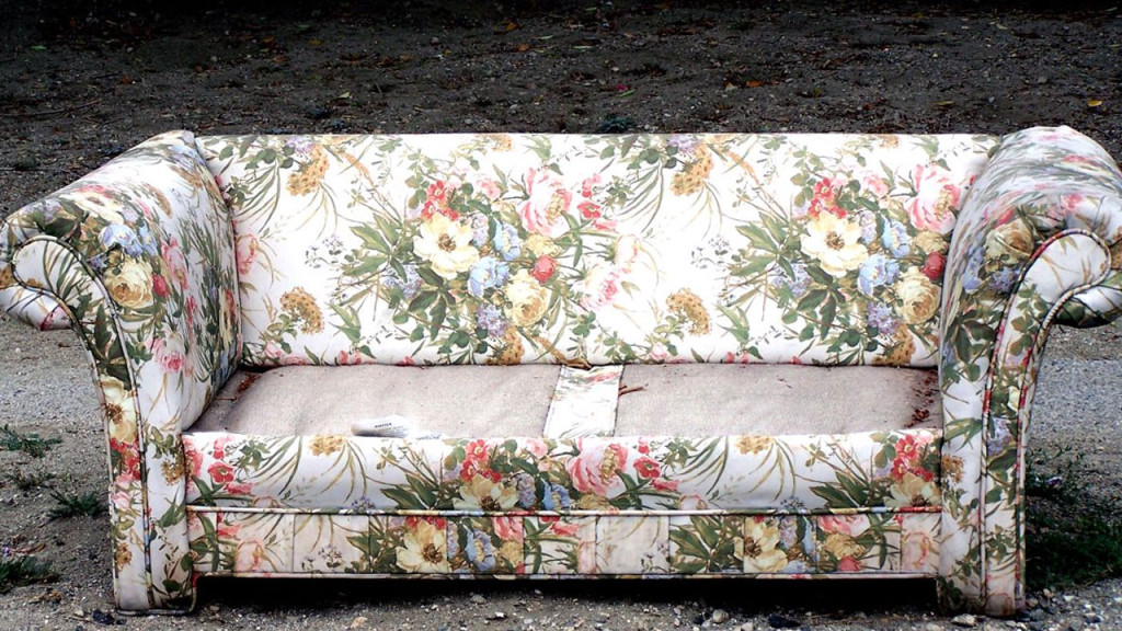 curbside-sofa
